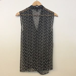 Ann Taylor Tops - Ann Taylor Black and White Floral Sleeveless Top